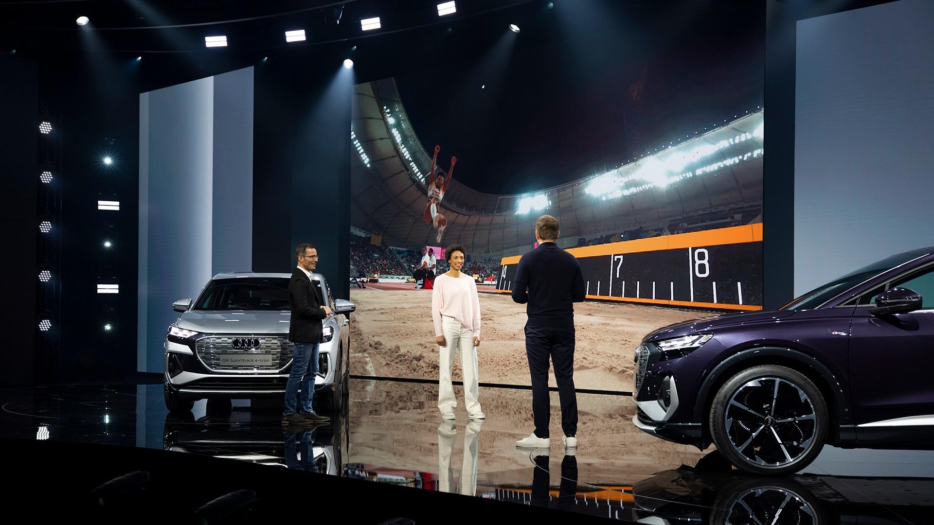 Atletinja Malaika Mihambo je bila ena od fantastičnih gostij na dogodku. Z povezovalcem Stevenom Gätjenom in Marcusom Keithom, vodjem tehnologije e-trona, se je pogovarjala o napredku in svojih izkušnjah športnice.