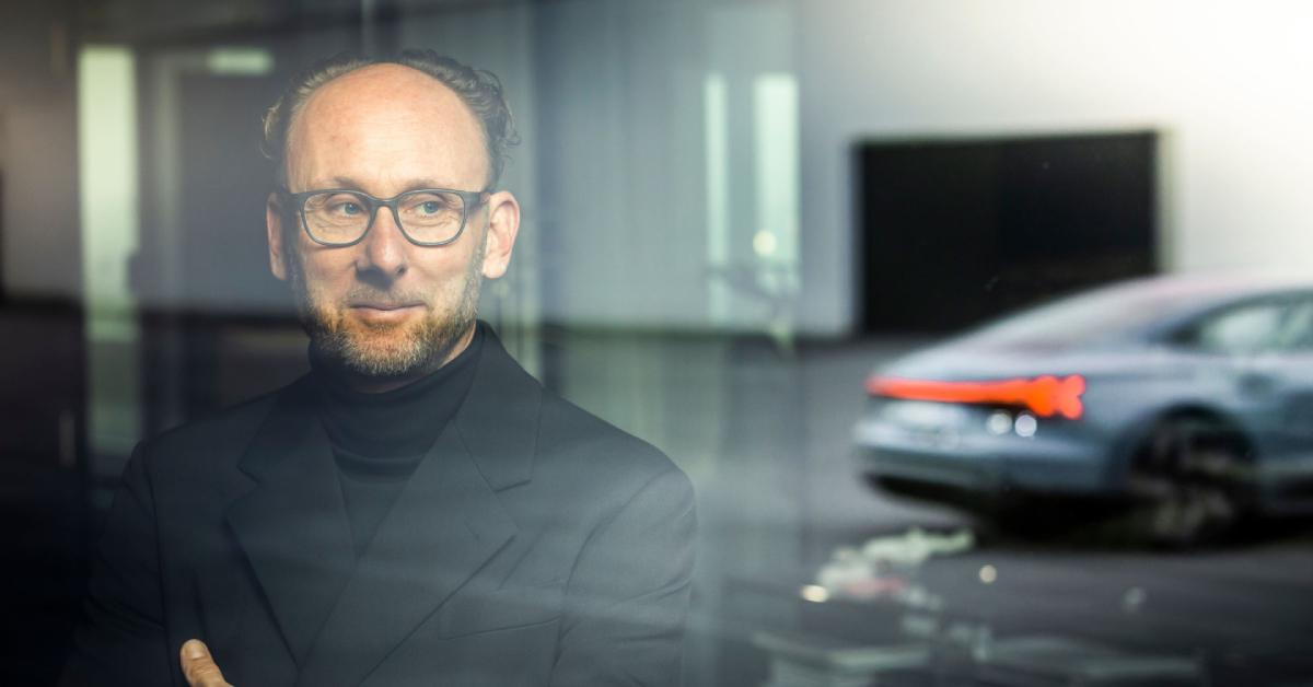 Marc Lichte in v ozadju Audi e-tron GT