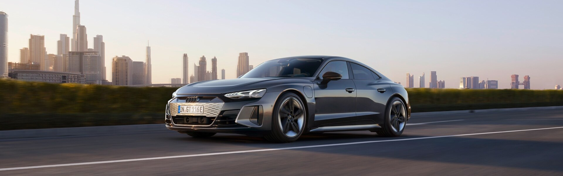2021-08-RS e-tron GT
